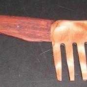 woodComb1